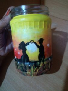 D.I.Y kids jar/bottle painting