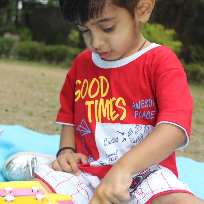 toy help in child brain development