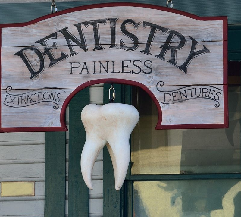 7 reason to visit emergency dentist